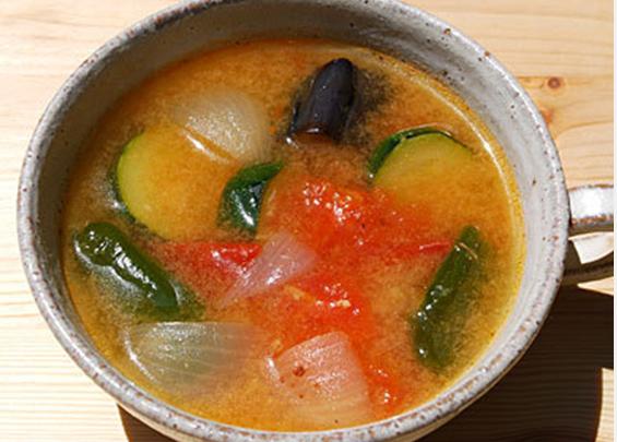 ラタトゥイユ風の味噌汁
