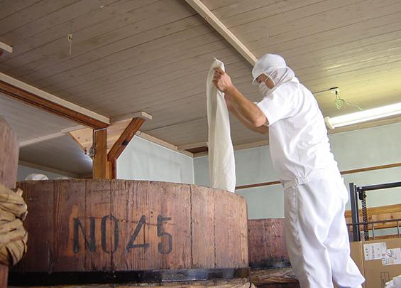 三河足助の地で天然醸造