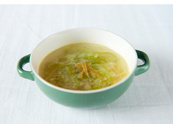 キャベツとピーマンともろみ漬だいこんのスープ