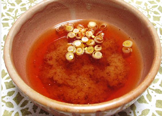 梅干し入り味噌汁