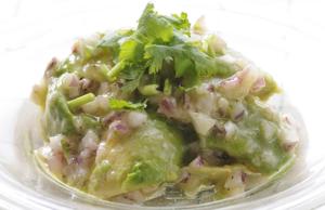 アボカドの 塩麹サラダ